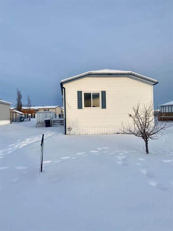 154 Pickles Crossing, Rural Grande Prairie No. 1, County of, AB T8W 5K5 (#A1075573) :: Calgary Homefinders