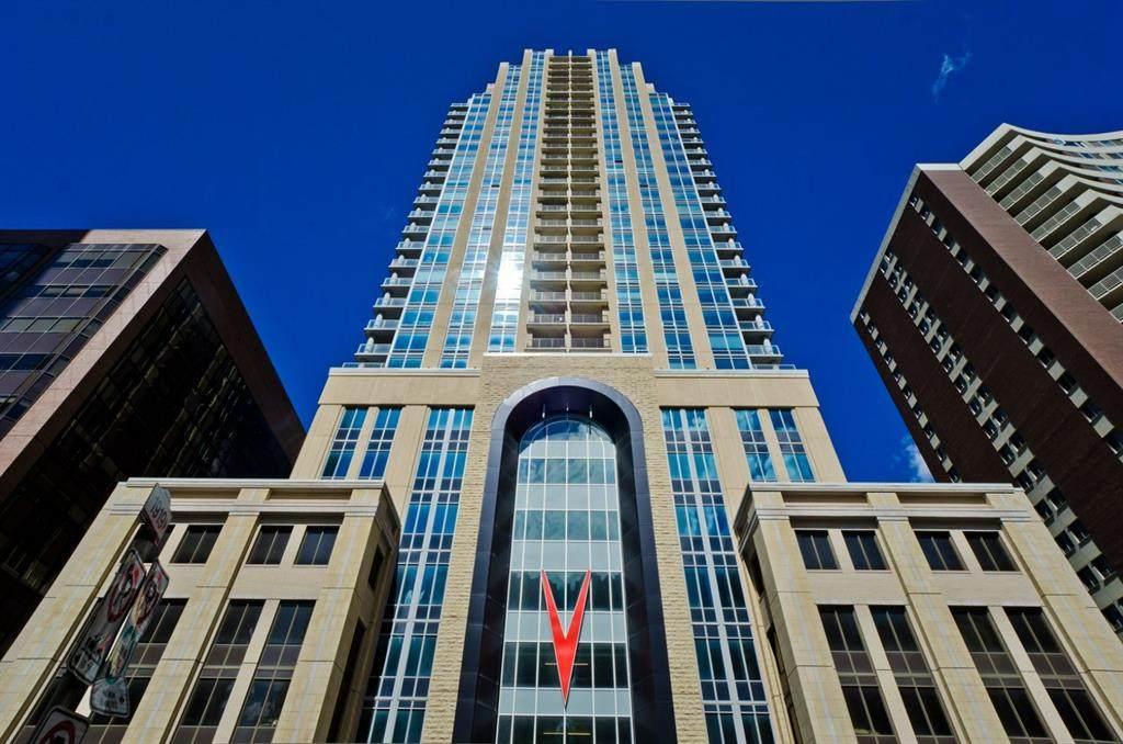 930 6 Avenue - Photo 1