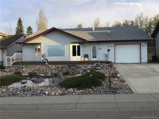 5215 56 Street, Innisfail, AB T4G 1R6 (#A1079297) :: Calgary Homefinders