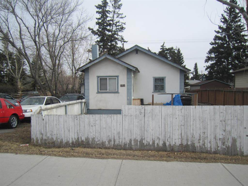 6640 Bowness Road - Photo 1