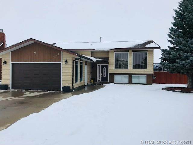 3917 Homestead Place, Taber, AB T1G 1A3 (#A1093467) :: Calgary Homefinders