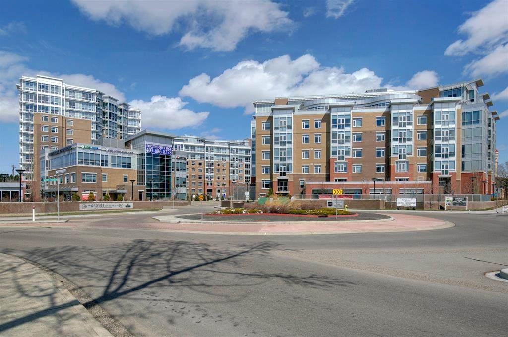 16 Varsity Estates Circle - Photo 1