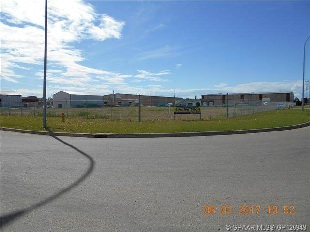 10925 87 Avenue, Grande Prairie, AB T8V 5P6 (#A1097587) :: Greater Calgary Real Estate