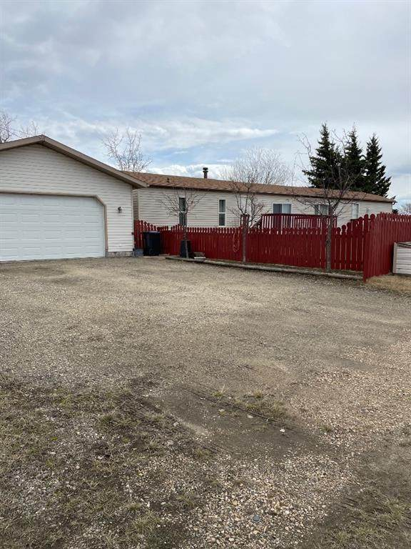 9718 104 Ave, Clairmont, AB T0H 0W5 (#A1097851) :: Redline Real Estate Group Inc