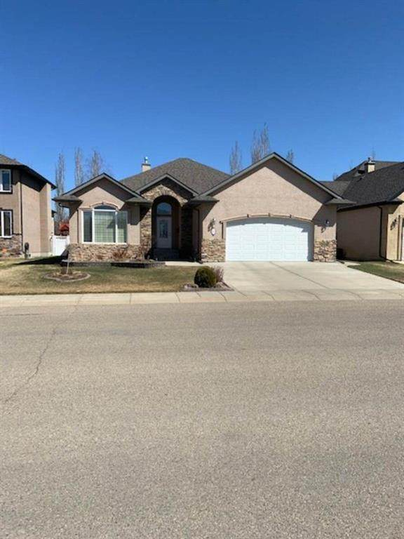 105 Archer Drive, Red Deer, AB T4R 3J4 (#A1099815) :: Calgary Homefinders
