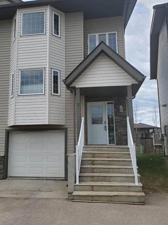1616 41 Street #7, Edson, AB T7E 0A5 (#A1108788) :: Calgary Homefinders