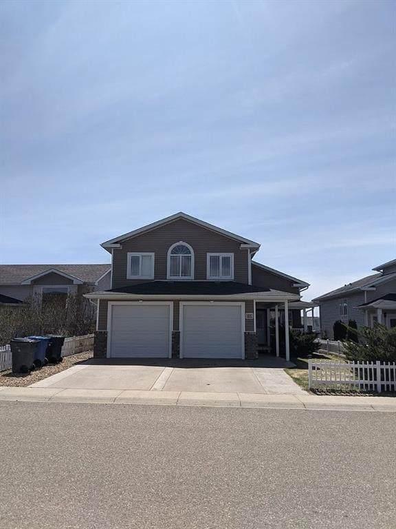 69 Terrace Close NE, Medicine Hat, AB T1C 2A8 (#A1109209) :: Calgary Homefinders