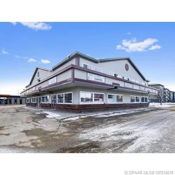 9856 97 Avenue #101, Grande Prairie, AB T8V 7K2 (#A1110061) :: Team Shillington | eXp Realty