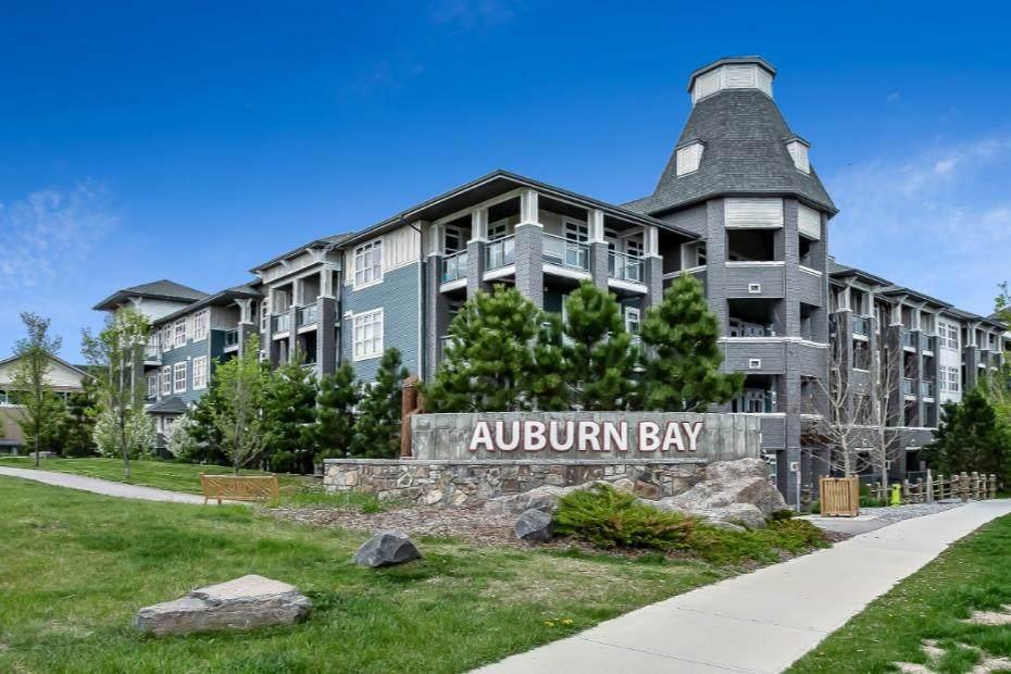 25 Auburn Meadows Avenue - Photo 1