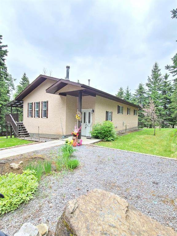 140 Eagle Ridge Drive, Rural Clearwater County, AB T0M 0M0 (#A1113707) :: Calgary Homefinders