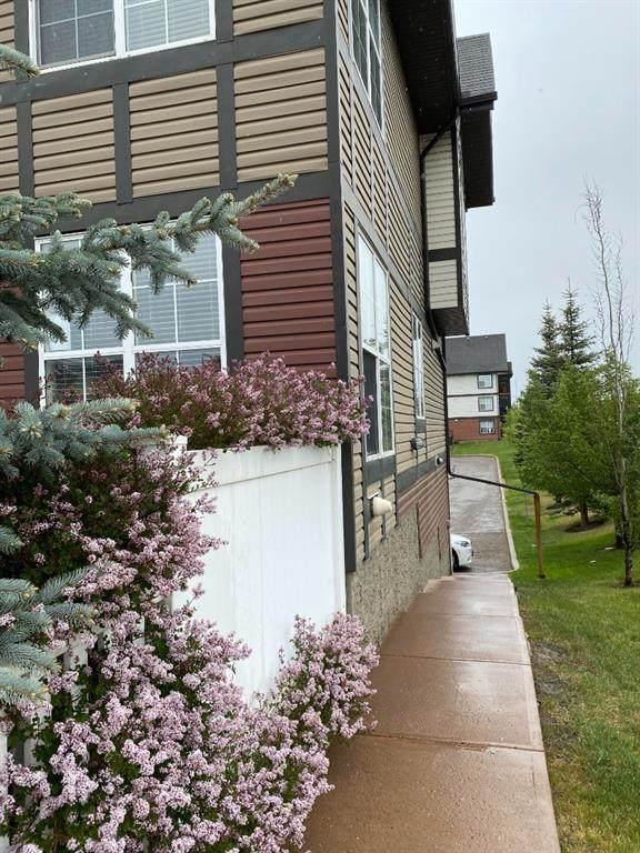 143 New Brighton SE, Calgary, AB T2Z 0T5 (#A1118390) :: Calgary Homefinders