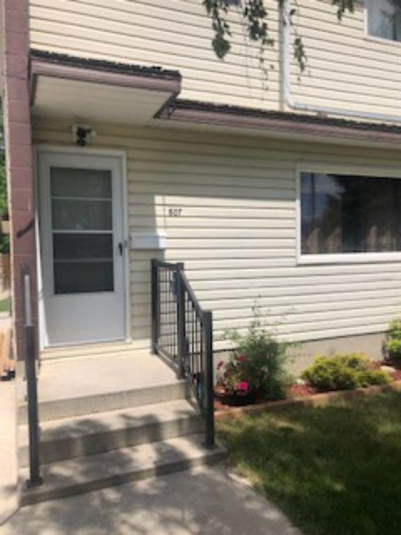 807 7A Avenue N, Lethbridge, AB T1H 0Z7 (#A1119814) :: Calgary Homefinders
