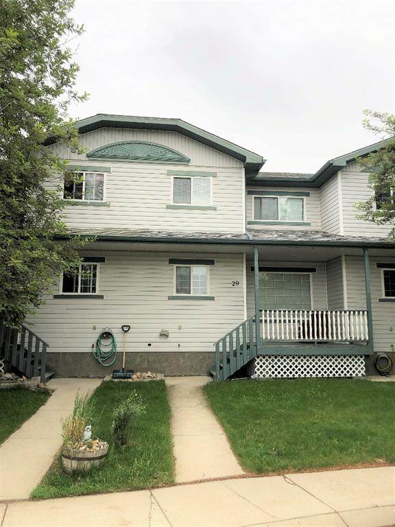 29 Garrow Crescent E, Brooks, AB T1R 1H2 (#A1120092) :: Calgary Homefinders