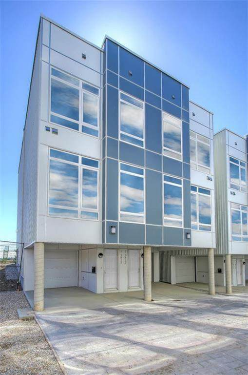 3814 Parkhill Place SW #1, Calgary, AB T2S 2W7 (#A1121191) :: Calgary Homefinders