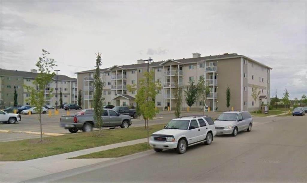 12025 Royal Oaks Drive - Photo 1