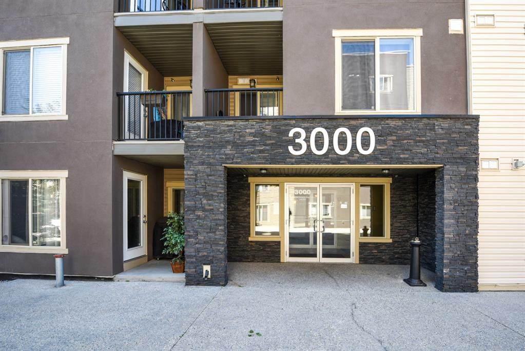 403 Mackenzie Way - Photo 1