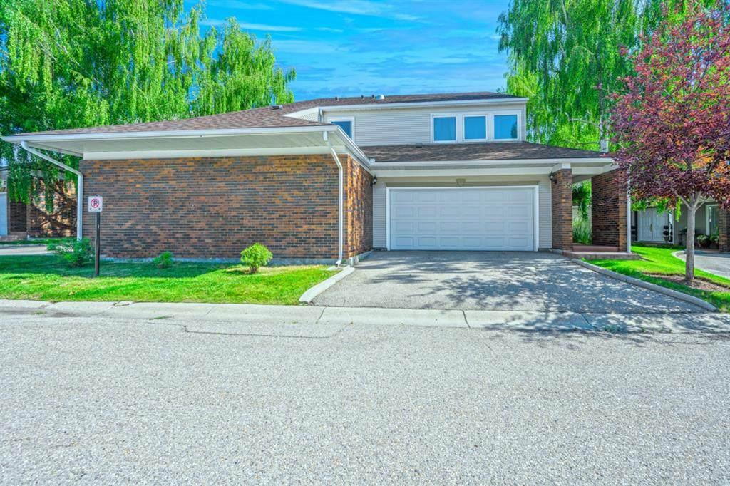 275 Woodridge Drive - Photo 1