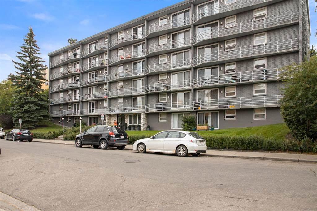 1027 Cameron Avenue - Photo 1