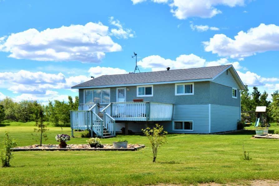 43034 Township Road 810 - Photo 1