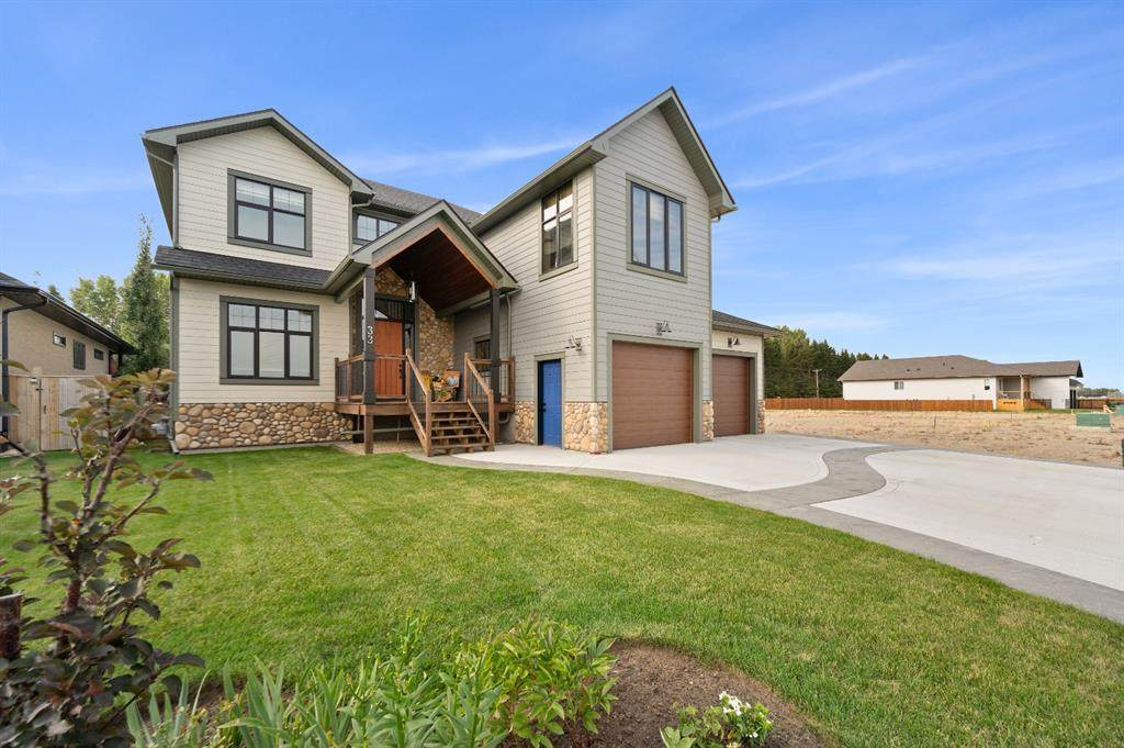 33 Viceroy Crescent - Photo 1