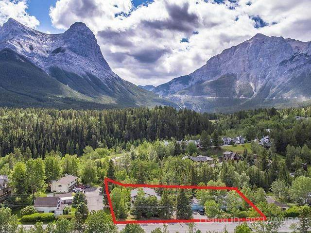 107+109 Three Sisters Drive, Canmore, AB T1W 2M3 (#AW50212) :: Canmore & Banff