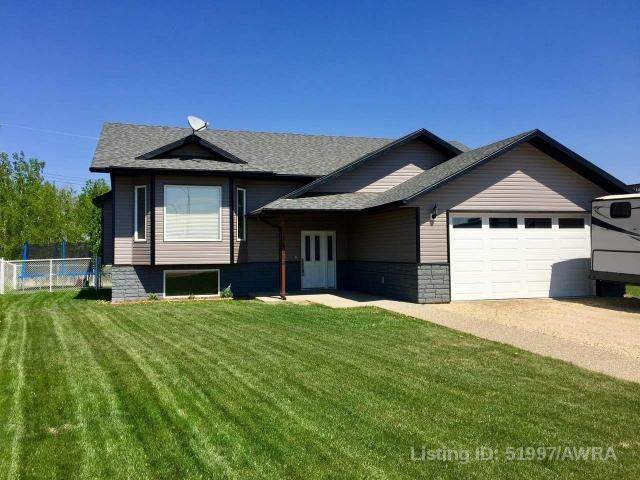 4118 48 AVE, Mayerthorpe, AB T0E 1N0 (#AW51997) :: Canmore & Banff