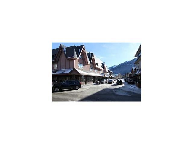 226 Bear Street, Banff, AB T1L 1A2 (#C4092911) :: Canmore & Banff