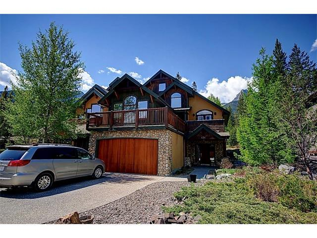 131 Krizan Bay, Canmore, AB T1W 3G3 (#C4120006) :: Canmore & Banff