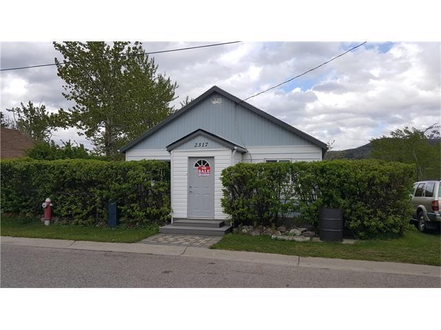 2317 215 Street, Crowsnest Pass, AB T0K 0C0 (#C4121754) :: Redline Real Estate Group Inc