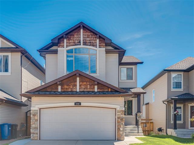 258 Everoak Drive SW, Calgary, AB T2Y 0C4 (#C4123837) :: The Cliff Stevenson Group