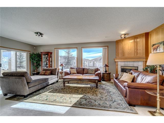 24 Eagleview Heights, Cochrane, AB T4C 1P5 (#C4124319) :: Tonkinson Real Estate Team