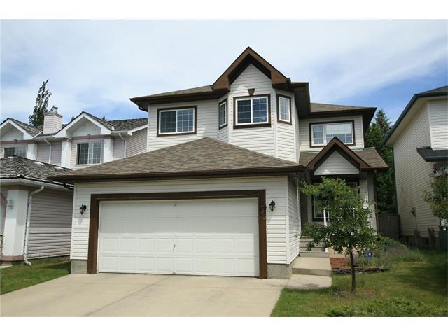 33 Douglas Ridge Green SE, Calgary, AB T2Z 2T2 (#C4124854) :: Tonkinson Real Estate Team