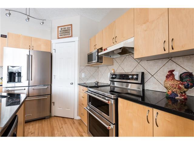 38 Weston Green SW, Calgary, AB T3H 5E9 (#C4128769) :: Redline Real Estate Group Inc