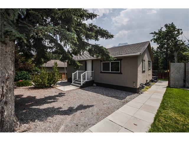 8 Mt. Laurie Road, Exshaw, AB T0L 2C0 (#C4129106) :: Canmore & Banff