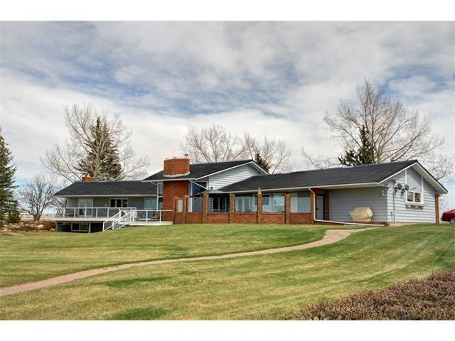 4 Dewinton Ridge Road W, Rural Foothills M.D., AB T0L 0X0 (#C4129466) :: Redline Real Estate Group Inc