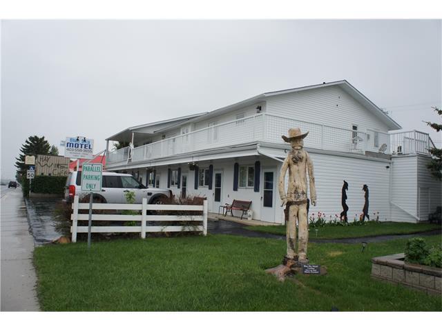Longview, AB T2E 8Z5 :: Tonkinson Real Estate Team