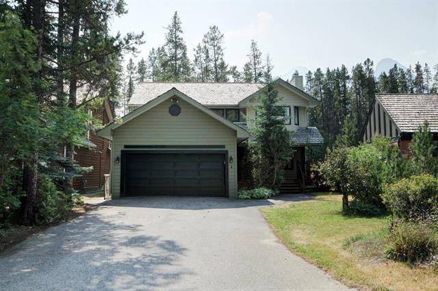 4 Woodside Lane, Canmore, AB T1W 1T1 (#C4132985) :: Redline Real Estate Group Inc