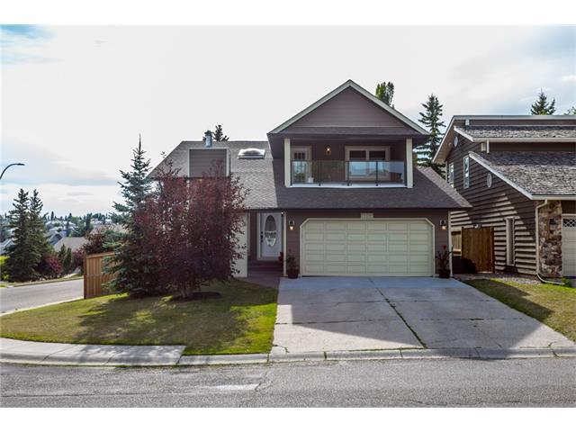 104 Strathclair Rise SW, Calgary, AB T3H 1G4 (#C4133409) :: Redline Real Estate Group Inc