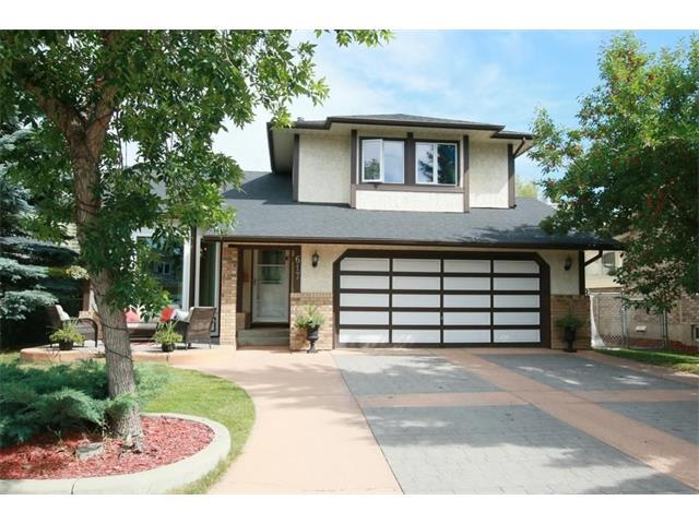 617 Sunmills Drive SE, Calgary, AB T2X 2Y9 (#C4134008) :: Tonkinson Real Estate Team