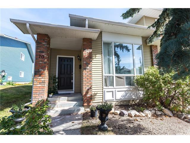 70 Stradwick Rise SW, Calgary, AB T2E 8K4 (#C4134143) :: Redline Real Estate Group Inc