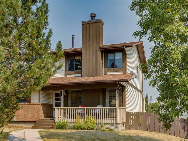 4 Strathcona Crescent SW, Calgary, AB T3H 1L1 (#C4135360) :: Redline Real Estate Group Inc