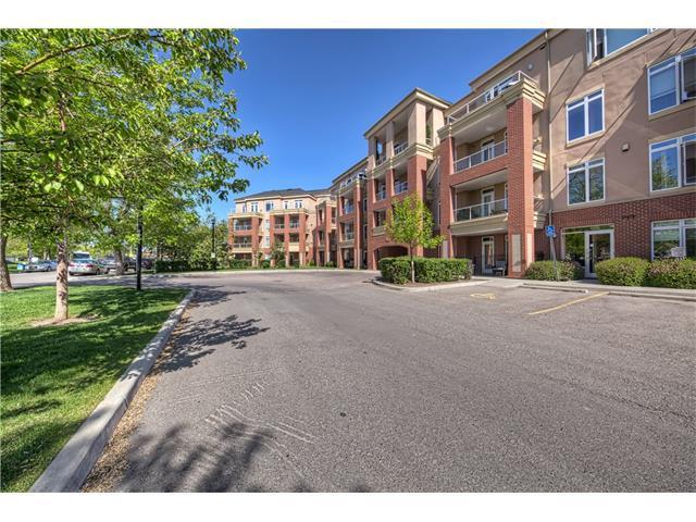 2 Hemlock Crescent SW #201, Calgary, AB T3C 2Z1 (#C4136494) :: Redline Real Estate Group Inc