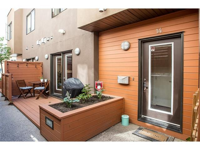 1717 27 Avenue SW #14, Calgary, AB T2T 1G9 (#C4136519) :: Redline Real Estate Group Inc