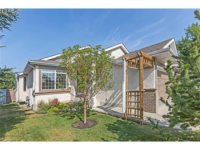 69 Somerset Close SW, Calgary, AB T2Y 3C4 (#C4136776) :: The Cliff Stevenson Group