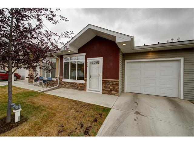 808 Sunvale Crescent NE, High River, AB T1V 0H1 (#C4137161) :: The Cliff Stevenson Group