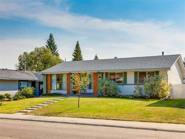 1268 Lake Sundance Crescent SE, Calgary, AB T2J 2S8 (#C4137384) :: Redline Real Estate Group Inc