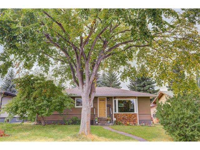267 Windermere Road SW, Calgary, AB T3C 3L2 (#C4138262) :: Redline Real Estate Group Inc