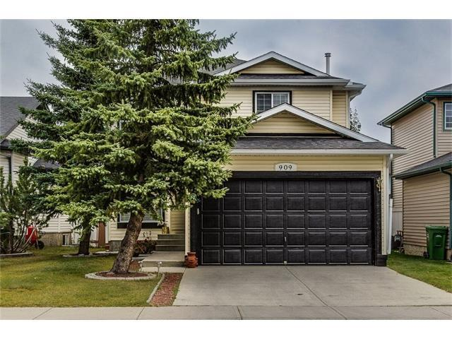 909 Citadel Drive NW, Calgary, AB T3G 4A4 (#C4139511) :: The Cliff Stevenson Group
