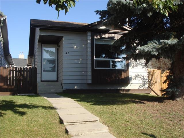 41 Erin Ridge Road SE, Calgary, AB T4B 2W2 (#C4142256) :: Tonkinson Real Estate Team