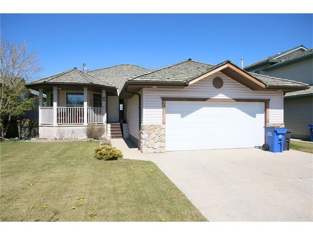 20 Bow Ridge Crescent, Cochrane, AB T4C 1T6 (#C4142345) :: The Cliff Stevenson Group